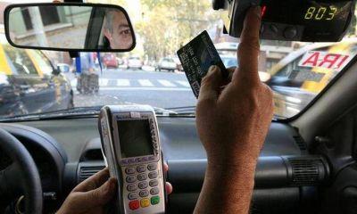 Buscan que en Córdoba se puedan pagar los viajes de taxis y remises con débito o crédito