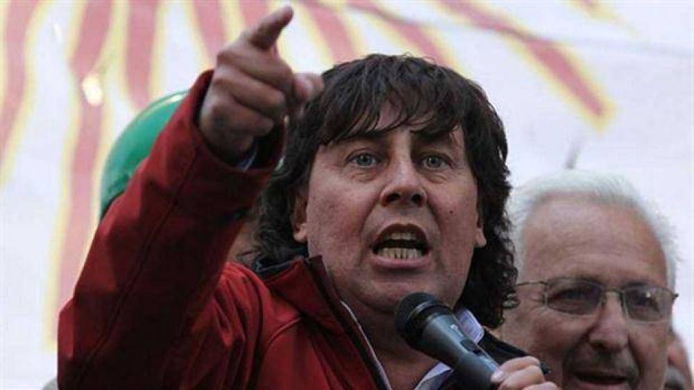 El candidato del FPV, con gremios opositores