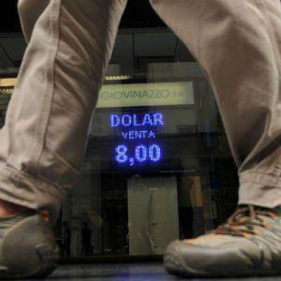 El blue cerró casi estable a $ 15,93. El BCRA vendió u$s 80 millones