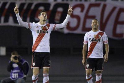Con goles de Alario y Mora, River recuperó la memoria en la Copa Sudamericana
