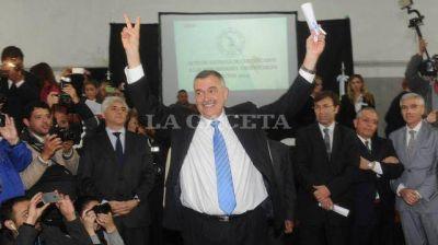 Manzur y Jaldo recibieron los diplomas en la Junta
