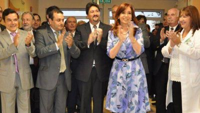 Cristina y Closs inauguraron el hospital de Pediatría y la ruta Provincial 27