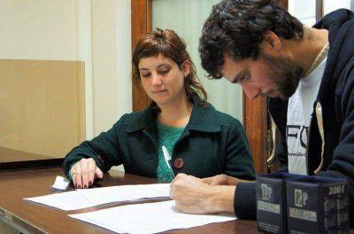 Reclaman ante el Municipio por el Boleto Estudiantil y el refugio para mujeres