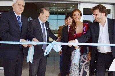 La gobernadora habilitó la terminal de ómnibus de Frías y un jardín