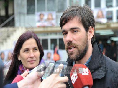 Del Ca�o en La Plata: �Somos la �nica fuerza que enfrenta el ajuste�