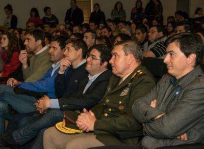 """Pablo Bossio: """"el Plan Fines es seguir haciendo justicia social"""""""