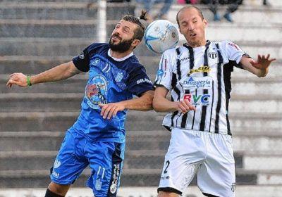 Federal B: Los equipos bahienses ganaron a puro gol