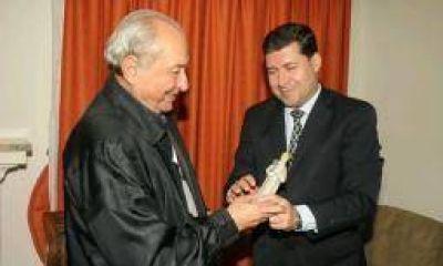 Eduardo Menem le brindó su respaldo a Sergio Casas