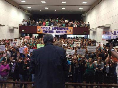 En campaña, Alperovich le apuntó a Macri