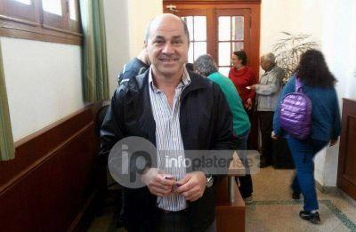 """Entrevista a Mario Secco: """"Empecé barriendo calles a los 14 años"""""""