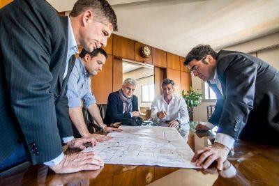 Pablo Bossio se reuni� con el titular de la ADIF por los pasos a nivel en Villa Italia