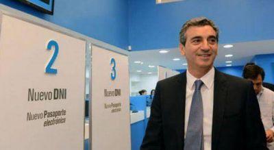 Randazzo se presenta en la segunda sección electoral junto a candidato del FpV