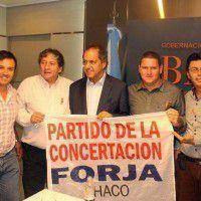 Forja se fusiona con el radicalismo de Moreau y apoyan a Scioli