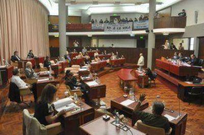 La Legislatura tratará hoy el contrato con Sipetrol