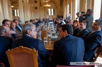 Fernández y De Pedro se reunieron con los candidatos a legisladores provinciales bonaerenses