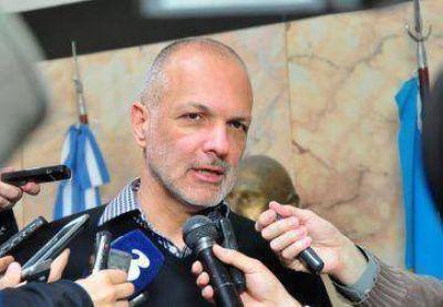 Buzzi destacó aprobación del contrato con Sipetrol