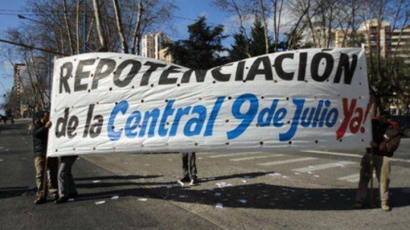 Paro y movilización de Luz y Fuerza Mar del Plata por repotenciación de la Central 9 de Julio