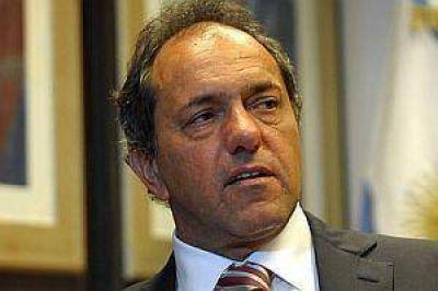 Scioli intensificó campaña y aseguró que se eligirá