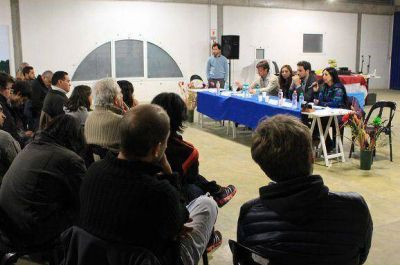 "Se realizó ""San Isidro Debate"""