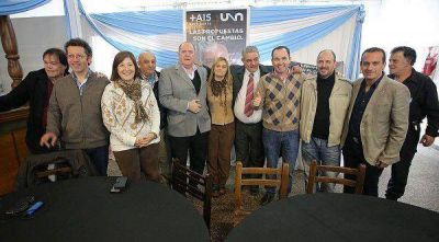 Importante acto en Banfield en apoyo a la candidatura de Fiorini