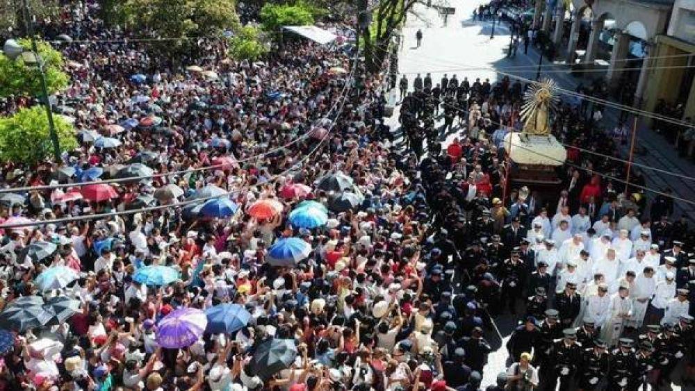 """En Luján, la Iglesia pidió por la Patria y """"un voto maduro"""""""