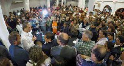 Hermano de Scioli encabezó acto político en Famaillá