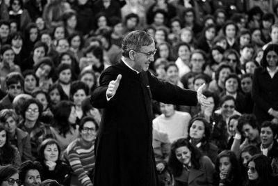 �El Opus Dei busca ayudar a personas concretas a encontrarse con el amor de Jes�s�