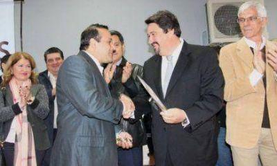 Marat�n de inauguraciones: El gobernador Closs viola la Ley electoral