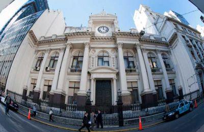 Las reservas cayeron a u$s27.713 M y Vanoli dice que alcanzan