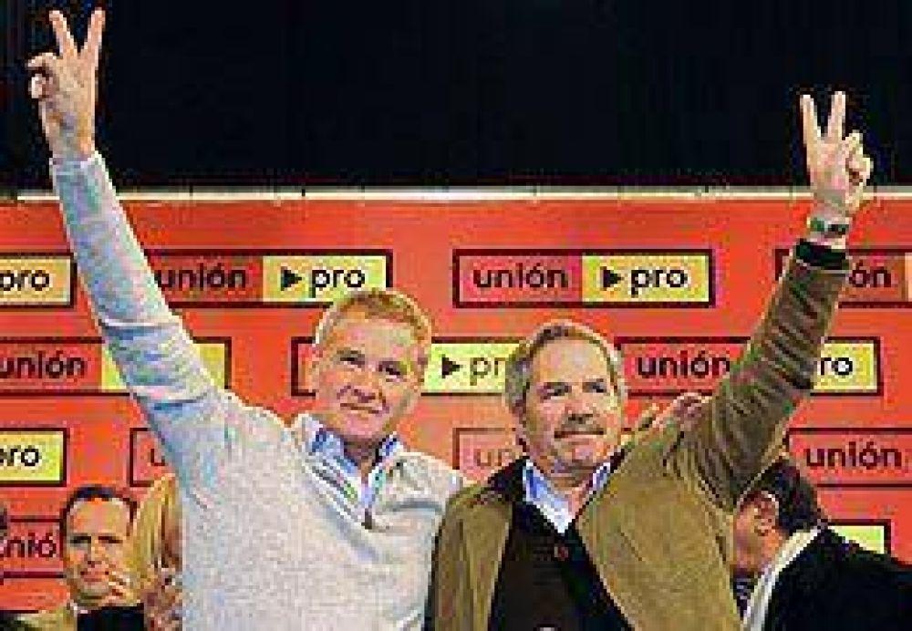 """De Narváez: """"Nuestros candidatos a presidente son Solá y Macri"""""""