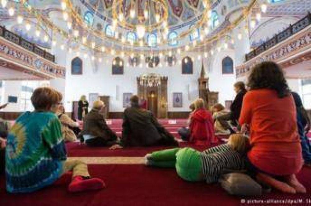Las mezquitas abren sus puertas a los no musulmanes en Alemania