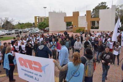 Porteros monotributistas se movilizaron y denunciaron