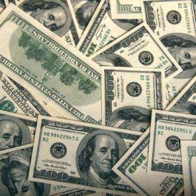 El blue cae otros nueve centavos y cotiza a $ 15,71