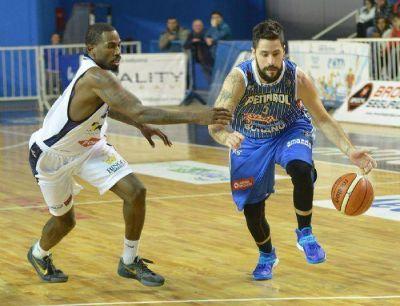 Peñarol acabó con el invicto de Bahía Basket