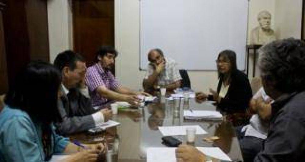 Sin avances en la reunión, el gremio docente ratificó el paro universitario
