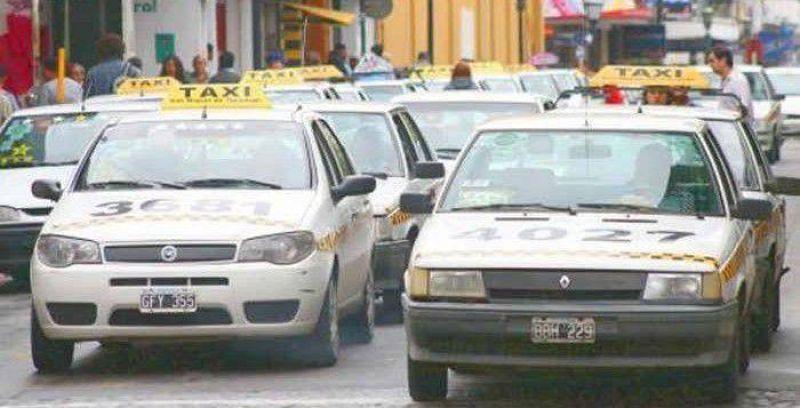 Chóferes de taxi exigen el blanqueo antes del cambio de autoridades