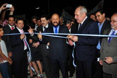 Maratónica jornada de inauguraciones e inicio de obras presidio el gobernador en Clorinda