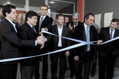 Scioli inauguró un complejo habitacional:
