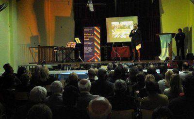 Valenzuela present� su propuesta cultural para Tres de Febrero