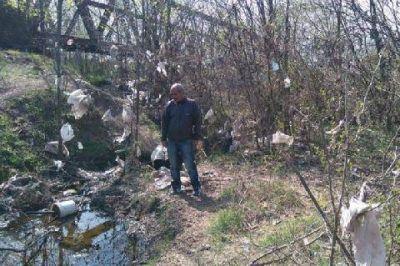 �Cacho� Duarte se reuni� con vecinos de Olivera y recorri� la zona del r�o Luj�n