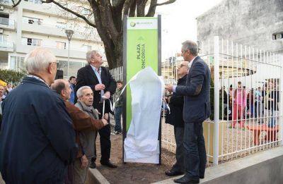 "Se reinauguró la Plaza de ""La Concordia"" y volvió a girar La Calesita"
