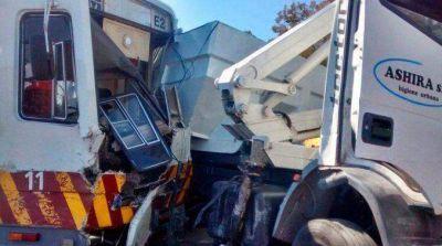 El Premetro chocó a un camión en Villa Soldati: hay 9 heridos de gravedad