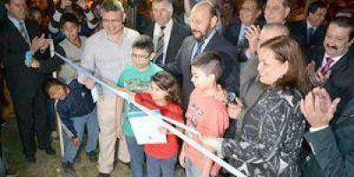 El gobierno entregó ayer viviendas a 456 nuevas familias