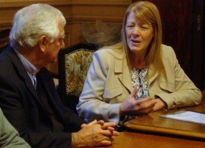 Mons. Lozano recibió a la candidata presidencial por Progresistas