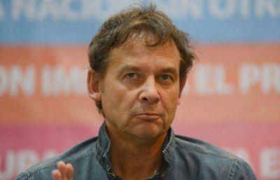 """Eduardo Costa , su voto fue clave para aprobar el Presupuesto 2016 del Kirchnerismo que la oposición cataloga de """"dibujo"""""""