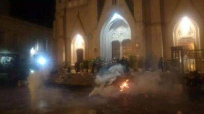 Se registraron incidentes frente a la Catedral