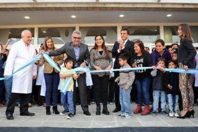 Massa y Zamora inauguraron el nuevo Hospital Materno Infantil de Tigre
