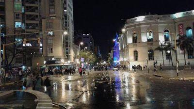 Un festejo de hinchas de Talleres terminó con incidentes