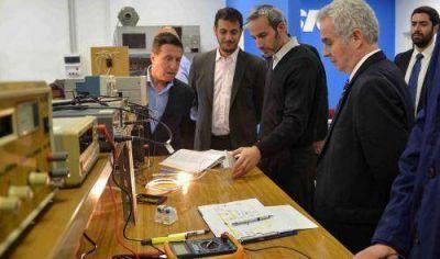Díaz Pérez y Julián Álvarez recorrieron nuevas instalaciones la empresa SICA
