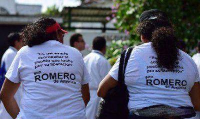 Tres milagros para Romero
